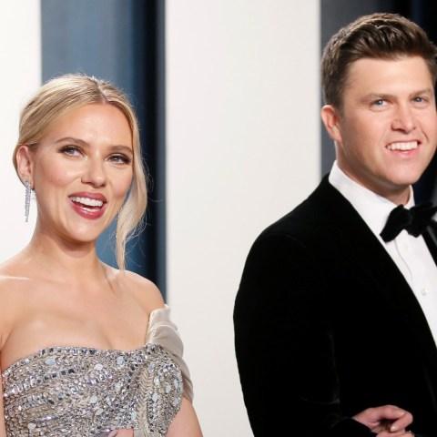 """Scarlett Johansson se casa con el cómico Colin Jost en una """"ceremonia íntima"""""""