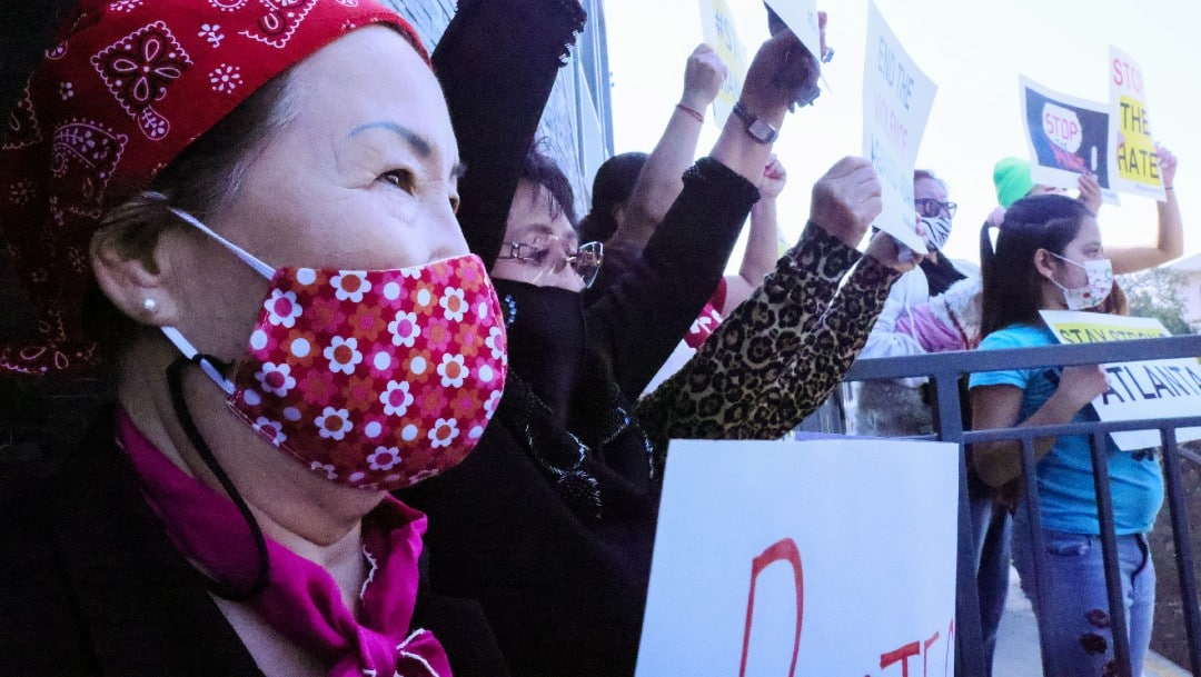 Miles protestan en EEUU contra el racismo hacia los asiáticos
