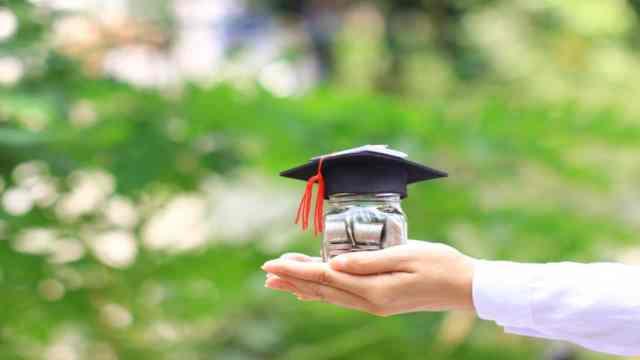 Como deducir impuestos de colegiaturas