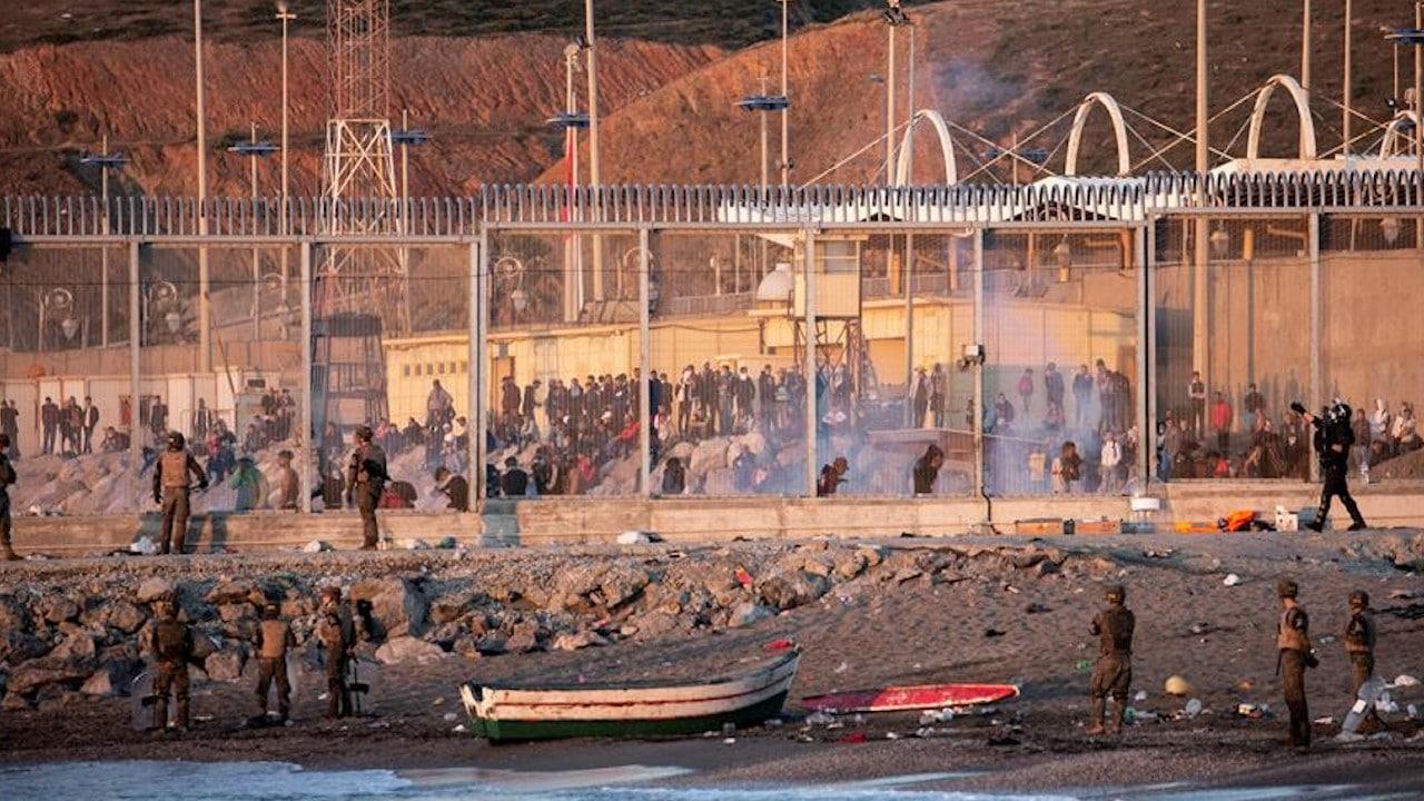 Crisis migratoria en Ceuta desciende en la frontera entre España y  Marruecos - Noticieros Televisa