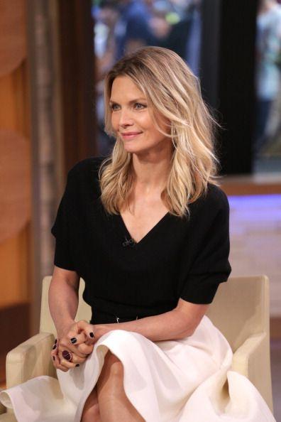 Outfit von Michelle Pfeiffer. Mode über 40 / über 50: die besten Tipps, um in jedem Alter schick und top gestylt zu sein