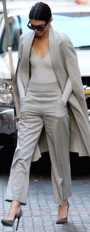 Vestirsi bene con poco - outfit monocromatico