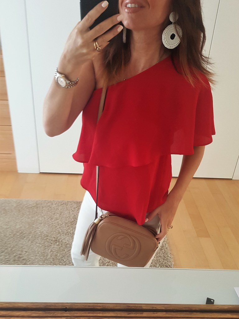 How to Wear Red in Summer: a Casual Outfit