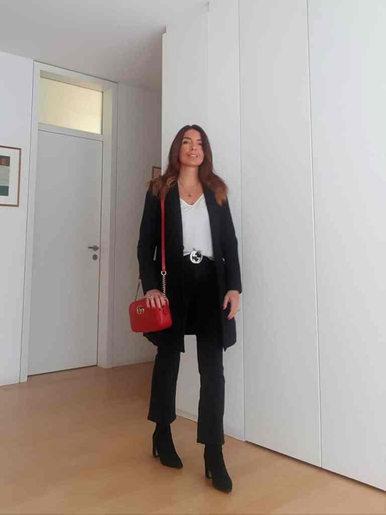 Come abbinare una borsa rossa: primi outfit