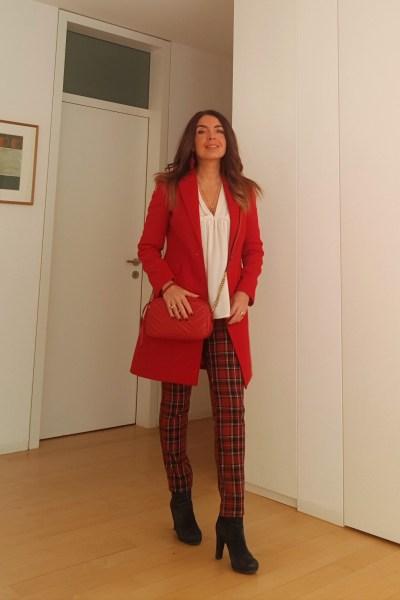 come abbinare un cappotto rosso con gucci marmont