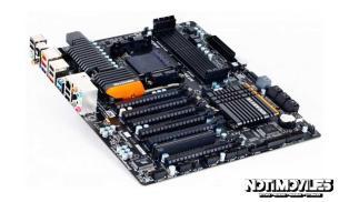 La Gigabyte 990FXA-UD7 Rev 3.0 2