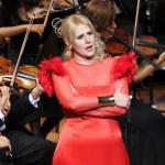 Mayca Teba Espectacular Demostrando Que Es 'Mucho Más Que Opera'