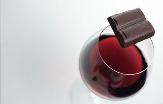 Le chocolat et le vin rouge éloignent de la cécité