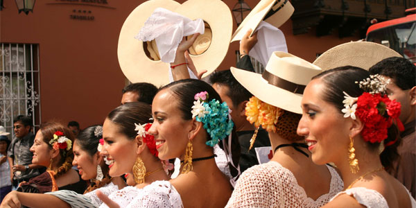 Concurso Nacional de Marinera lleva más de 35 mil turistas a Trujillo