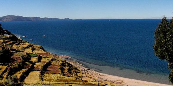 Los mejores sitios para conocer en el Lago Titicaca
