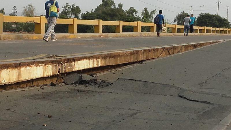 Cañete: Graves daños en puente ubicado en el km 150 de la antigua Panamericana Sur