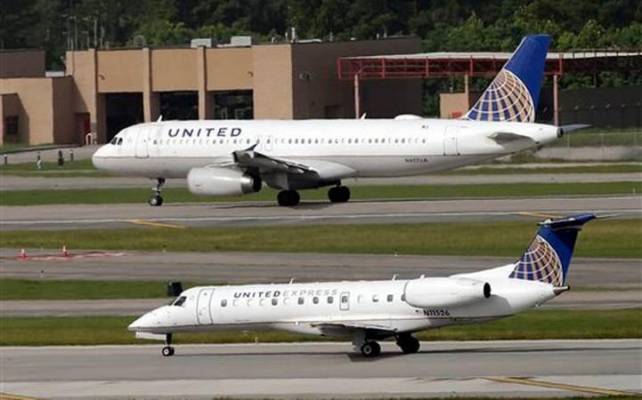 United Airlines asegura que nadie será despedido por expulsión de pasajero