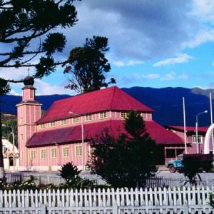 Descubre cuatro nuevos destinos turísticos para viajar en Semana Santa con Cruz del Sur