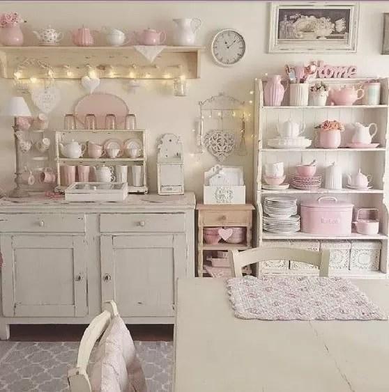 Ma facciamo un passo indietro: Arredare Bianco E Rosa In Una Cucina Shabby Notizie In Vetrina