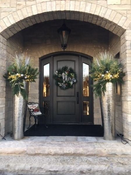 exterior styling | custom planters, door wreath