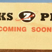 Zekes Coming Soon sign in Lynnwood