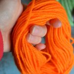 Easy Diy Yarn Pumpkins No Sew Pumpkin Garland Not Quite Susie Homemaker