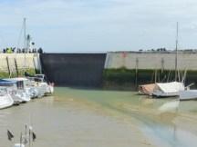 Porte du port de La Flotte fermée - 29 mars 2017
