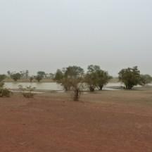 Sur la route de Nanoro, Burkina Faso