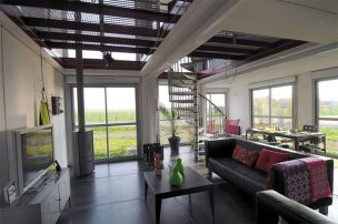 maison-container-amenagement-interieur2