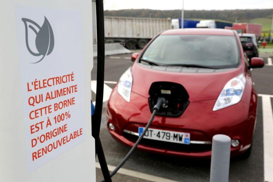 recharge-corri-door-Nissan-Leaf