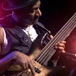 Marcus Miller: Fretless Bass Solo