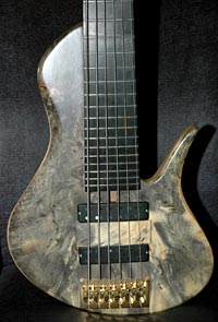 Erizias 6-String 33 bass