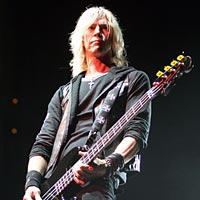 Duff McKagan: Velvet Revolver is Not Done