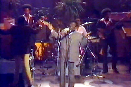 What Blues Bass is All About: Russell Jackson with B.B. King