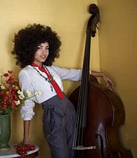 Esperanza Spalding to Perform At Grammys, Co-Host Pre-Telecast Ceremony