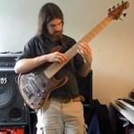 "Simon Fitzpatrick: ""Family Guy"" Theme for Solo Bass"