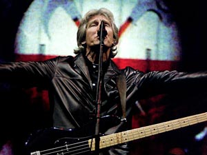 Roger Waters to Bring The Wall Back to U.S. in 2012