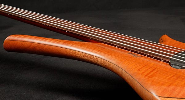 Marleaux Diva Custom Bass - side view