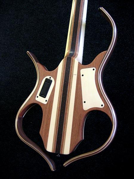 Lairat Sirya 5-string - body - back