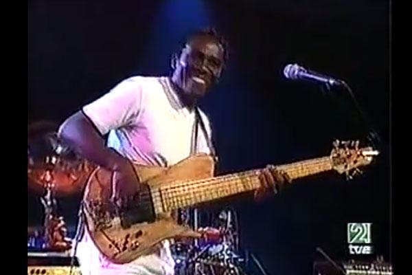 """Richard Bona: """"Solo de Slap"""", Live (2004)"""
