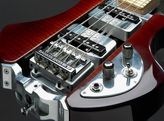 Norton Guitar's Wraith Bass