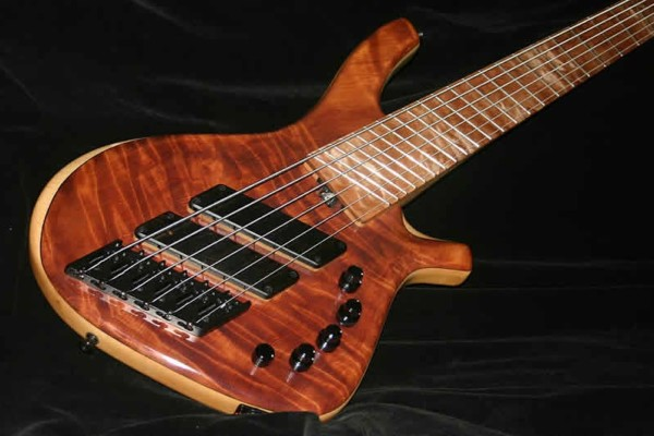 AC Guitars Introduces Skelf R Type Bass and ACG EQ03 Preamp