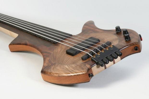 Bassline Worp Acoustic Bass