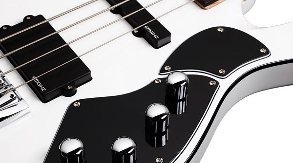 Bass of the Week: Schecter Stargazer-4