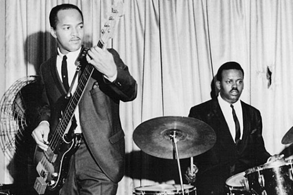 James Jamerson Isolated Bass Track: I Can't Get Next to You