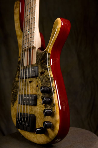 CallowHill Guitars MDM Bass closeup
