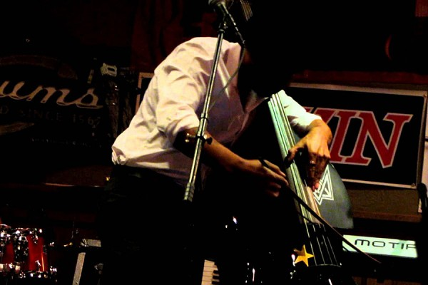 "Miles Mosley: All Bass ""Purple Haze"""