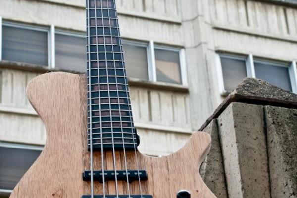 Bass of the Week: Bajos Colmenares #22