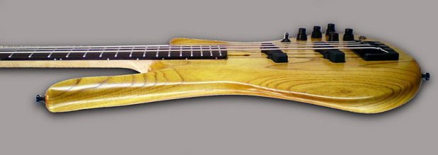 Odyssey Basses Calypso Bass body profile