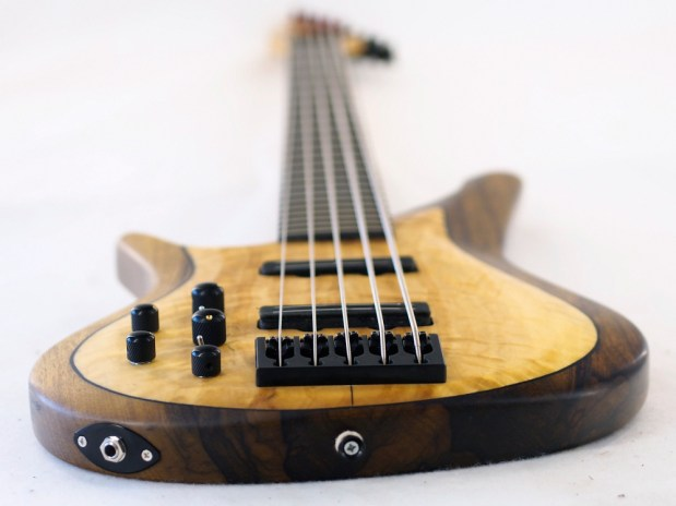 Manne Guitars Kayenta 5-string bass lefty