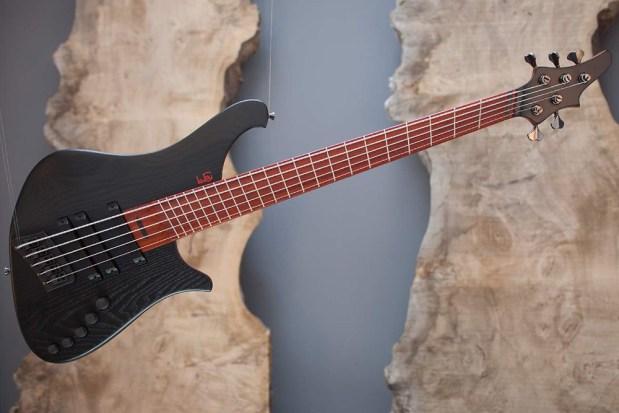 Le Fay ROB 344-66/IIIa Bass Guitar