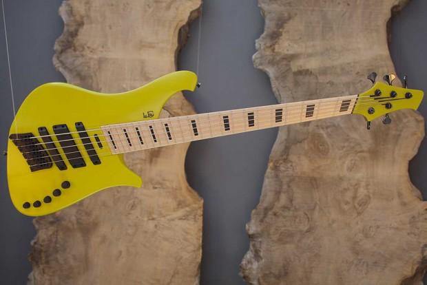 ROB 344-66/IIIa Bass Guitar