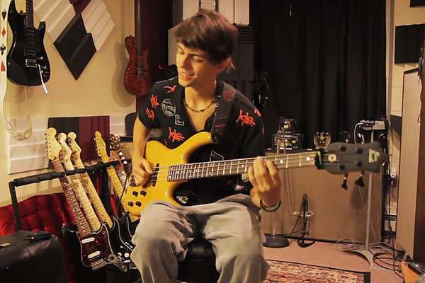 Cody Wright: How to Play Funk Bass with a Pick