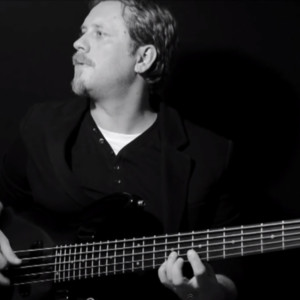 """Bass Battle: """"Finding Myself"""" Live Looping Solo Bass"""