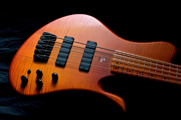 Bass of the Week: Aquilina Basses DB